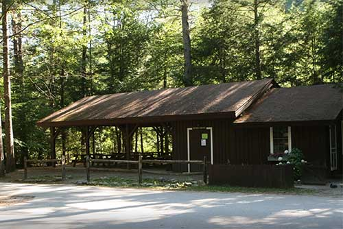 The picnic pavilion at Jamaica State Park