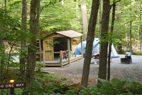 A lean-to site at Silver Lake State Park