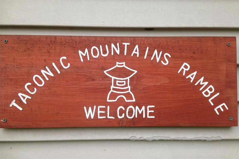 Taconic welcome sign